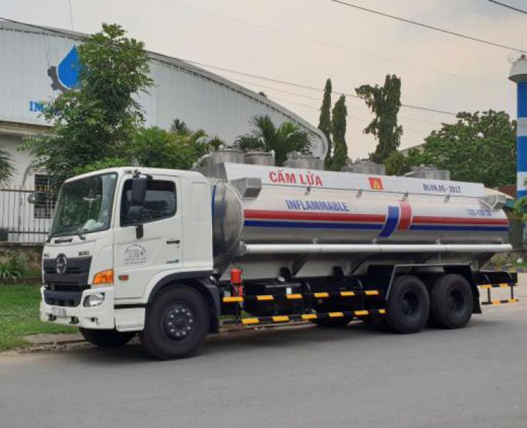 Tìm hiểu ưu điểm vượt trội của Xe bồn Hino chở xăng dầu