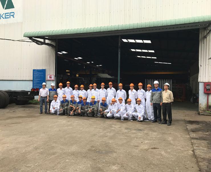 Công ty CP máy và thiết bị công nghiệp Quốc tế - IMAE khai trương siêu thị xe bồn đầu tiên tại Việt Nam
