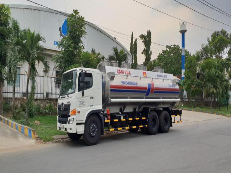 Xe bồn chở xăng dầu HINO FL8 Euro 4